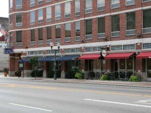 哥倫布市中心希爾頓歡朋酒店(Hampton Inn and Suites Columbus Downtown)