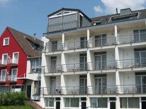 紅酒閣酒店(Hotel Weinlaube)