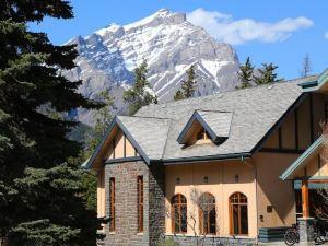 班夫山旅館(Banff Y Mountain Lodge)