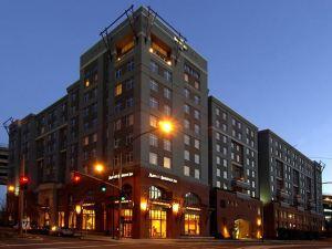 波特蘭市區利弗普雷斯居家酒店(Residence Inn Portland Downtown/RiverPlace)