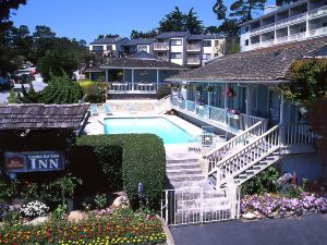卡梅爾灣景貝斯特韋斯特優質酒店(Best Western Plus Carmel Bay View Inn)