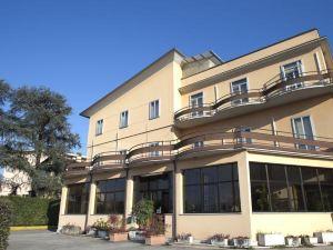 卡普里酒店(Hotel Capri)