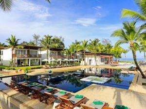 考拉布里扎海灘度假村(The Briza Beach Resort Khao Lak)