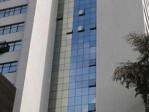 維勒塞萊斯蒂納活動公寓式酒店(Ville Celestine Condo Hotel e Eventos)