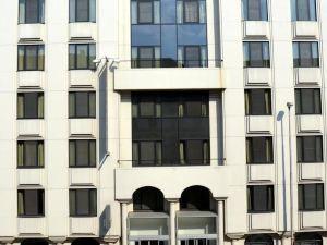 卡斯特諾公寓酒店(Aparthotel Castelnou)