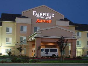 費爾菲爾德納特歐瑪斯薩克拉門托機場套房旅館(Fairfield Inn and Suites Sacramento Airport Natomas)