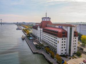 維也納多瑙河濱希爾頓酒店(Hilton Vienna Danube Waterfront)