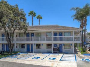 聖塔安那6號汽車旅館(Motel 6 Santa Ana)