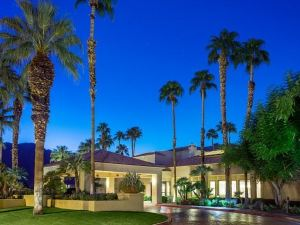 棕櫚泉萬怡酒店(Courtyard Palm Springs)