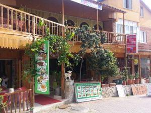 穆斯塔法酒店(Mustafa Hotel)