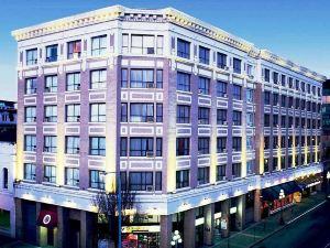貝斯特韋斯特優質卡爾頓廣場酒店(Best Western Plus Carlton Plaza Hotel)