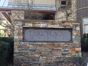 普萊西德湖洛奇惠斯勒度假俱樂部酒店(Lake Placid Lodge by Whistler Vacation Club)
