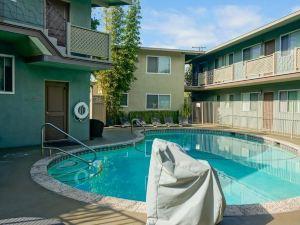聖巴巴拉東海灘酒店(Santa Barbara Inn at East Beach)