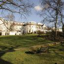 布羅姆利庭院酒店(The Bromley Court Hotel)