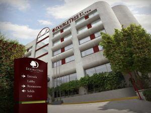 墨西哥城克里斯塔爾城市酒店(Krystal Urban Aeropuerto Ciudad de México)