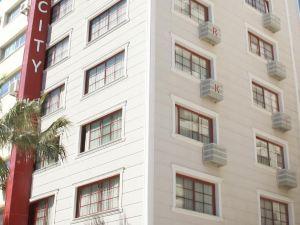奧扎克吉奧魯公園城市酒店(Oglakcioglu Park City Hotel)