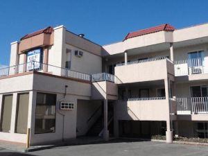 基洛納捷艾克森特汽車旅館(Hotel Zed Kelowna)