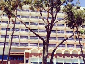 波塞多尼亞海灘酒店(Poseidonia Beach Hotel)