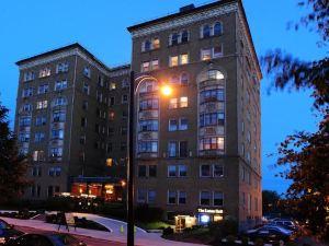 萊諾克斯酒店和套房(Lenox Hotel and Suites)