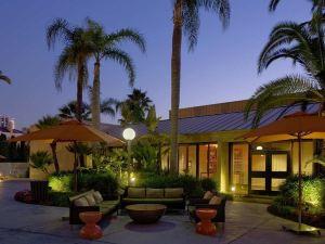 歐文/橙縣機場希爾頓酒店(Hilton Irvine/Orange County Airport)