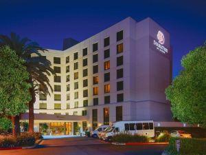 歐文斯北克特姆逸林酒店(DoubleTree by Hilton Irvine Spectrum)