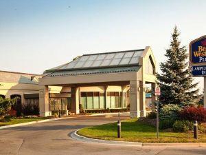 蘭普萊特爾貝斯特韋斯特優質酒店及會議中心(BEST WESTERN PLUS Lamplighter Inn & Conference Centre)