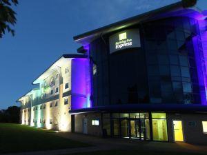 南安普敦智選假日酒店(Holiday Inn Express Southampton M27, Jct.7)