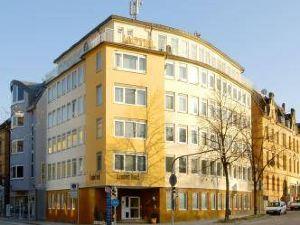 路德維希堡康福特酒店(Komfort Hotel Ludwigsburg)