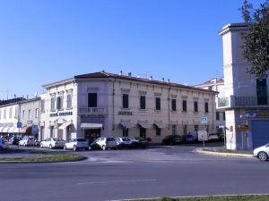 斯塔齊歐奈酒店(Hotel Stazione)