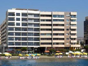 伊甸園海灘303號公寓(Eden Beach Apartment No. 303)