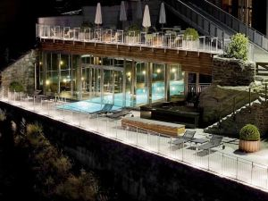 奧莫尼亞酒店(The Omnia)