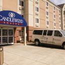 錫拉丘茲機場燭木套房酒店(Candlewood Suites Syracuse-Airport)