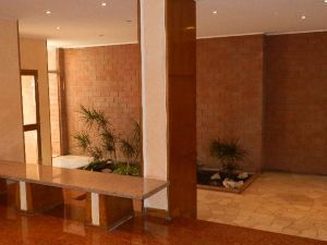 小威橙之棧酒店(Affittacamere Serena)