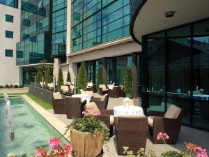阿里斯托斯酒店(Hotel Aristos)