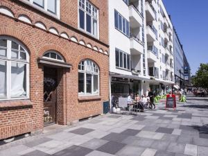 簡單床旅館(SimpleBed Hostel)