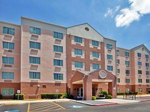 聖安東尼奧機場/北極星購物中心費爾菲爾德酒店(Fairfield Inn Suites San Antonio Ap At N Star Mall)