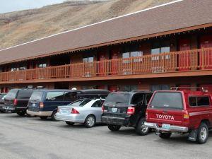 平河酒店(Flat Creek Inn)