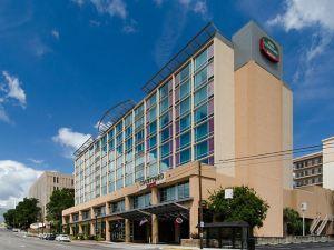 哥倫比亞市中心南加州大學萬怡酒店(Courtyard Columbia Downtown at USC)