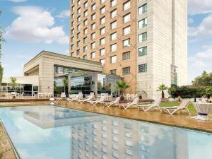 阿頓拉斯孔德酒店(Atton Las Condes)