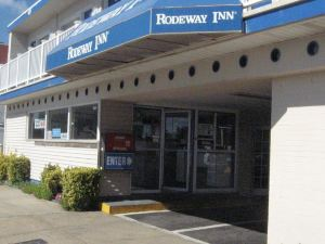 羅德威海濱酒店(Rodeway Inn At the Beach)