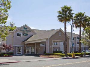 奧克蘭海濱希爾頓欣庭套房酒店(Homewood Suites by Hilton - Oakland Waterfront)