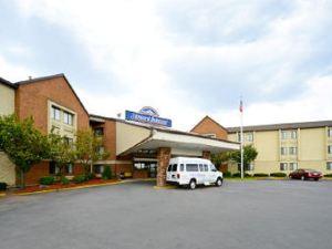 紐瓦克豪生國際酒店(Howard Johnson Newark)