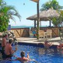走私者海灣沙灘度假酒店(Smugglers Cove Beach Resort & Hotel)