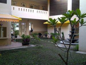瑞瑪莫俄斯旅館(Roemah Moesi)