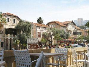 克羅尼酒店(The Colony Hotel)