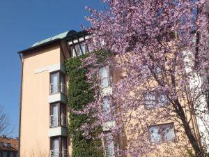 阿特里爾加爾尼酒店(Hotel Atelier Garni)