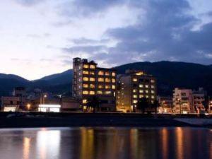 樂寬龜屋酒店(Kameya Rakan)