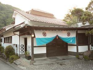 伊豆施拉卡貝蘇酒店(Shirakabeso Izu)