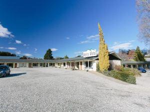 高山汽車旅館(Alpine Motel)