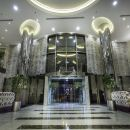 豪沃德瓊森克里奇酒店(Howard Johnson Cornich Hotel)